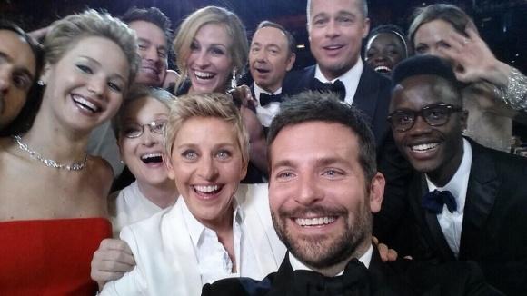 The Oscar Selfie